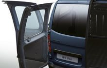 hyundai-h1-exterior-double-swing-rear-doors