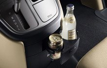 hyundai-h1-interior-cup holders