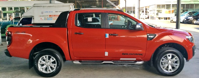 orange-ranger-wildtrak side