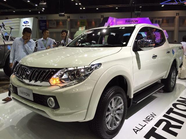 2015-Mitsubishi-L200-Triton-front-side