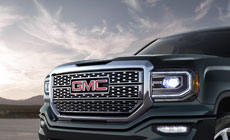 Picture showing bold and refined accents featured on the 2017 Sierra 1500 Denali light-duty pickup truck.
